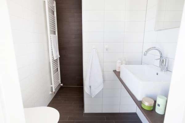 Badkamer Kast Handdoeken : Melbourne staande badkamerkast grijs cm